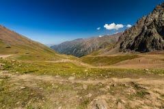 Tien Shen Mountains de piste supérieure de Shymbulak à Almaty, Kazakh Images libres de droits