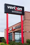 Tienda al por menor de Verizon Wireless Foto de archivo libre de regalías