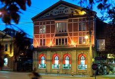 Tienda capital del hierro en la noche, Victoria, A.C., Canadá Fotografía de archivo
