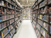 Tienda de alquiler del DVD interior Fotos de archivo