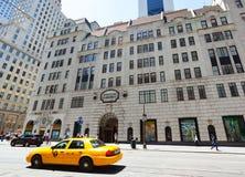 Tienda de Bergdorf Goodman en Fifth Avenue Fotos de archivo libres de regalías