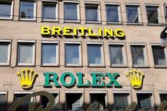 Tienda de Breitling y de Rolex Fotografía de archivo libre de regalías