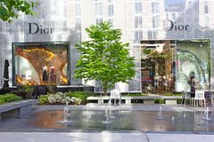 Tienda de Dior en el centro de ciudad en Washington DC Fotos de archivo libres de regalías