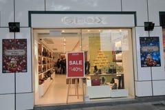 Tienda de Geox en el kveekoong de hong Foto de archivo