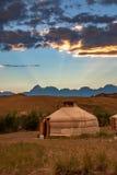 Tienda de Gher en la puesta del sol imágenes de archivo libres de regalías