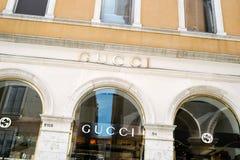 Tienda de Gucci en Venecia foto de archivo