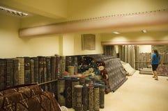 Tienda de la alfombra en la India La India, Goa - 29 de enero de 2009 foto de archivo