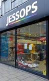 Tienda de la cámara de Jessops cerrada abajo en la calle principal Putney en Londres Imágenes de archivo libres de regalías