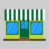 Tienda de la fachada con un letrero Imagen de archivo libre de regalías