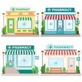 Tienda de la farmacia de la fachada con un letrero, un toldo y un símbolo en escaparate ilustración del vector