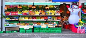 Tienda de la fruta y verdura fotografía de archivo libre de regalías