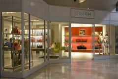 Tienda de la moda de la marca del coche Imagen de archivo libre de regalías