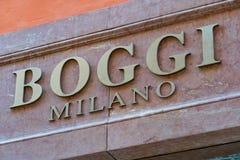 Tienda de la moda de Boggi Milano foto de archivo
