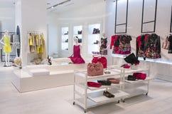 Tienda de la moda de las mujeres Foto de archivo