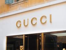 Tienda de la muestra de Gucci fotos de archivo libres de regalías