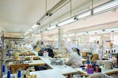 Tienda de la producción de costureras fotos de archivo
