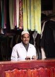 Tienda de la ropa en Marrakesh Foto de archivo
