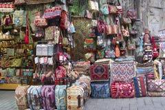 Tienda de la ropa y del bolso Imagenes de archivo