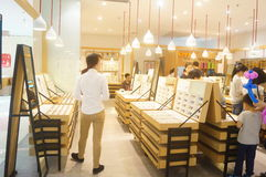 Tienda de las ventas de los vidrios Fotografía de archivo