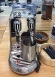 Tienda de los dispositivos de cocina, máquina del coffe fotografía de archivo