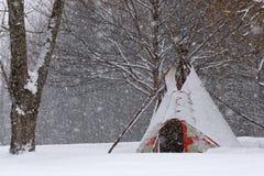 Tienda de los indios norteamericanos en la nieve Imagen de archivo