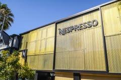 Tienda de Nespresso en Beverly Hills - LOS ÁNGELES - CALIFORNIA - 20 de abril de 2017 Imagenes de archivo
