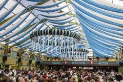 Tienda de Ochsenbraterei en Oktoberfest en Munich, Alemania, 2015 Fotos de archivo