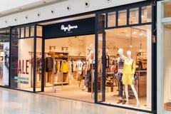 Tienda de Pepe Jeans foto de archivo