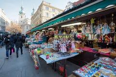 Tienda de souvenirs en el mercado famoso de Havels en la primera semana del advenimiento adentro Fotografía de archivo libre de regalías