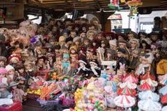 Tienda de souvenirs en el mercado famoso de Havels en la primera semana del advenimiento en la Navidad Imagen de archivo libre de regalías