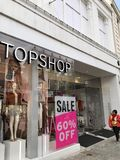 Tienda de Topshop fotos de archivo