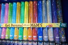 Tienda de World de los M&Ms Imágenes de archivo libres de regalías