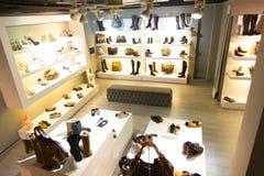 Tienda de zapatos Foto de archivo