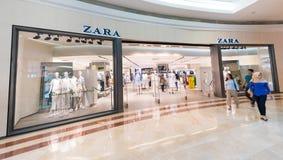 Tienda de Zara en Suria KLCC, Kuala Lumpur Foto de archivo
