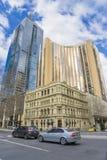 Tienda del hotel, de Louis Vuitton de Grand Hyatt y edificio moderno en Melbourne, Australia Fotografía de archivo libre de regalías