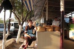 Tienda del pan en el valle de Fergana Fotos de archivo libres de regalías