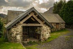 Tienda del registro del cortijo en las montañas Fotos de archivo