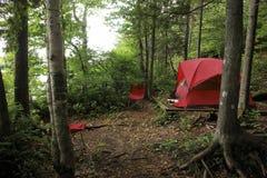 Tienda en bosque Fotos de archivo