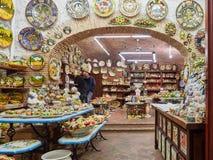 Tienda local de la cerámica Imágenes de archivo libres de regalías