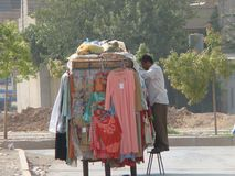 Tienda móvil en Erbil imagenes de archivo