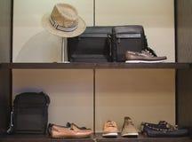 Tienda para hombre de la moda Imágenes de archivo libres de regalías