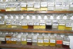 Tienda Túnez de los aceites esenciales Imagen de archivo