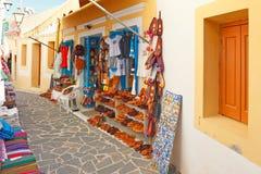 Tienda turística en Olympos de Karpathos, Grecia Fotos de archivo