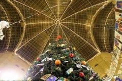 Tienda universal de la tubería interior (GOMA) en los días de fiesta de la Navidad (Año Nuevo), Plaza Roja, Moscú, Rusia Fotografía de archivo libre de regalías