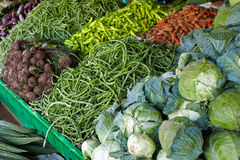 Tienda vegetal de la calle Fotos de archivo libres de regalías