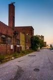 Tiendas abandonadas en la alameda vieja de la ciudad en Baltimore, Maryland Imagen de archivo