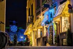 Tiendas adornadas para la Navidad Fotografía de archivo libre de regalías