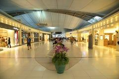 Tiendas con franquicia en el aeropuerto de Bangkok Imagenes de archivo
