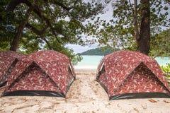 Tiendas de la playa Imagen de archivo libre de regalías