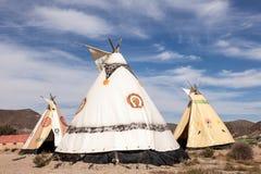 Tiendas de los indios norteamericanos en los estudios del cine del bravo del fuerte Foto de archivo libre de regalías